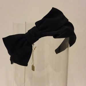 Jennifer Ouellette headband